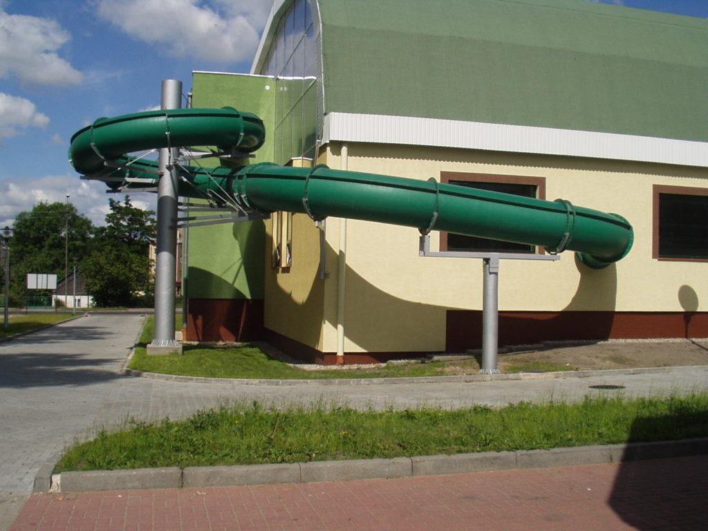 Водные горки в аквапарке Gostinin