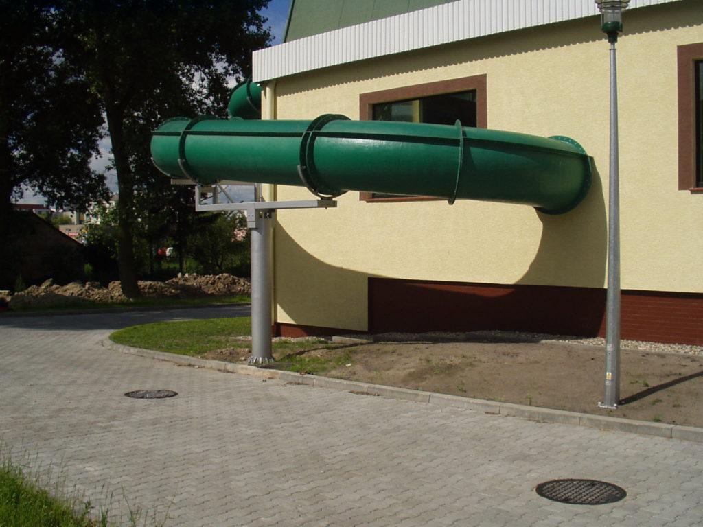 Примыкание водной горки к зданию