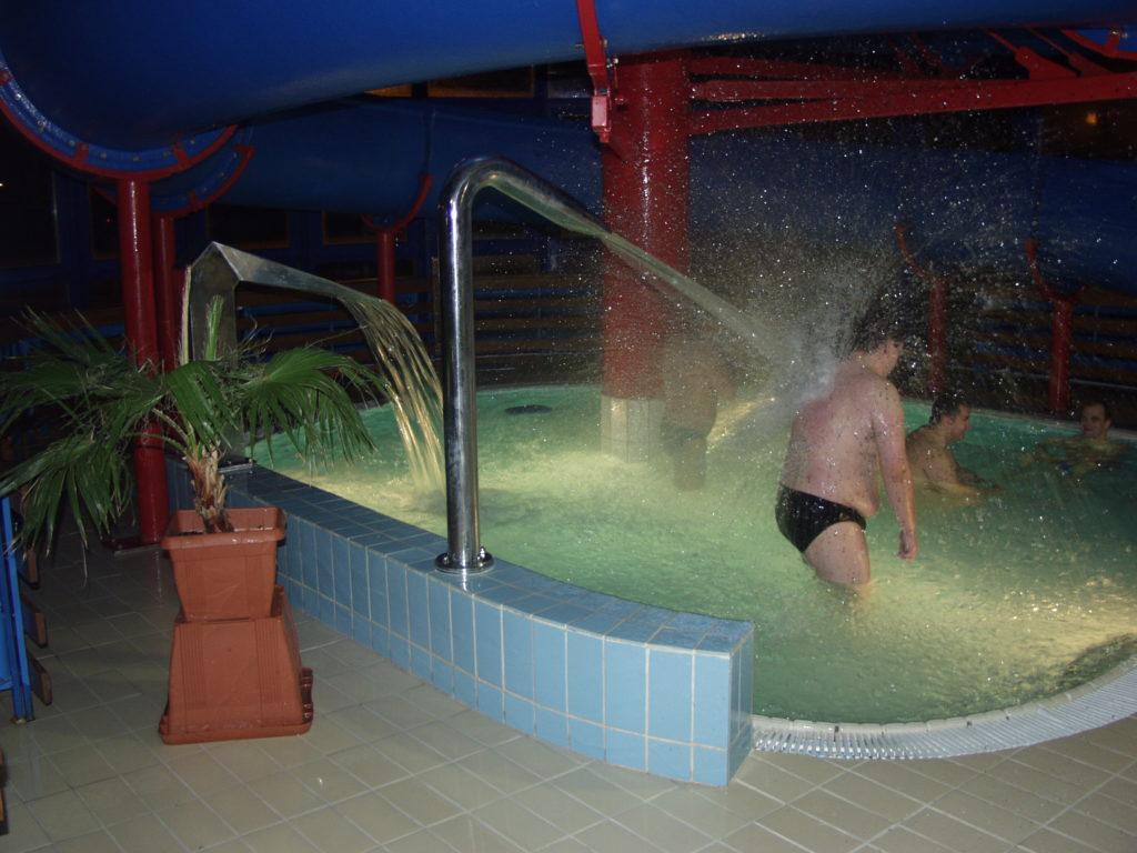 Водные горки в аквапарке Jawor-atrakcje