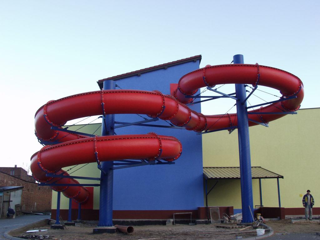 Водные горки в аквапарке Aleksandrów Łódzki