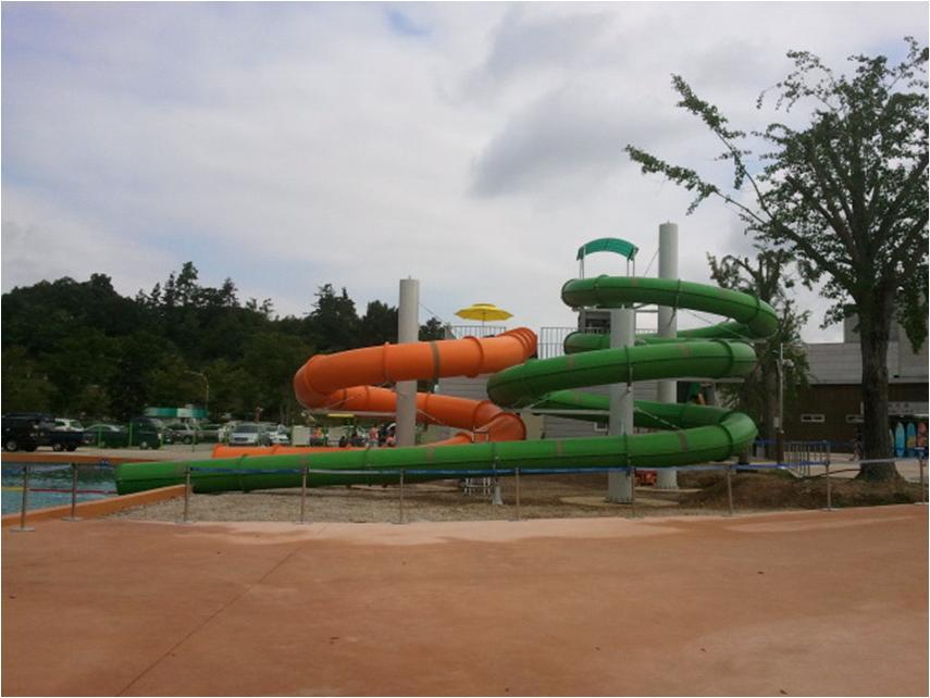 Водные горки в аквапарке Korea Hampion
